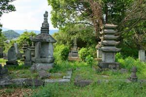 円通寺墓所の千葉常治墓