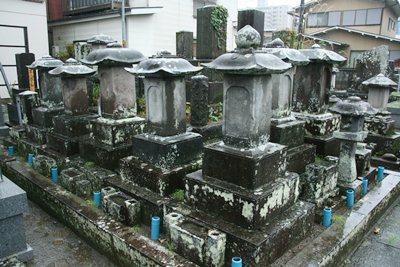 相馬家墓碑