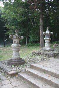 仙台東照宮に伊達安芸宗重が寄進した灯篭